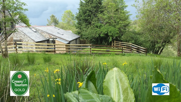 Fab farm stay - Stables holiday cottage