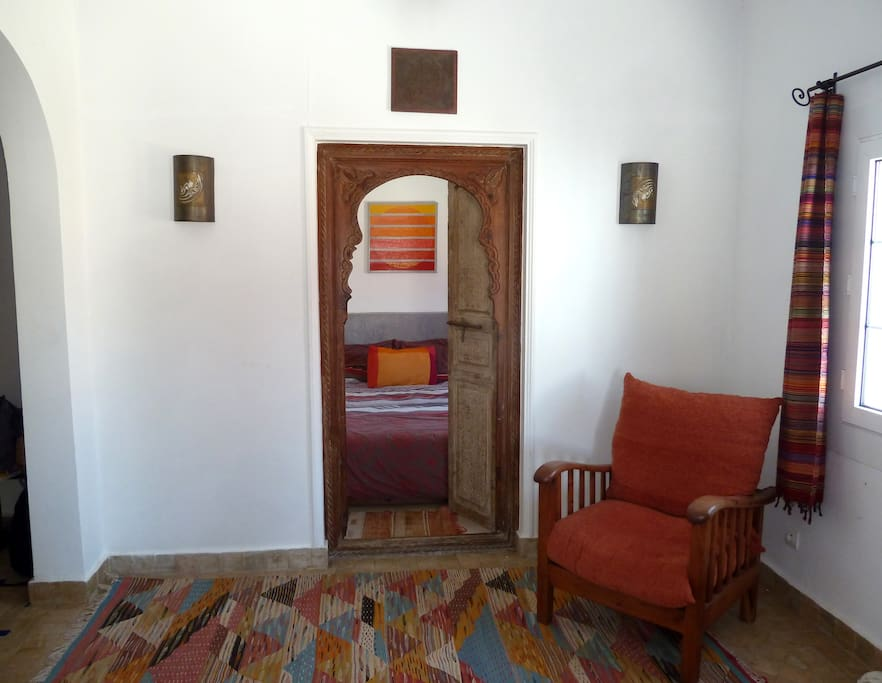 View from the living room, towards the Sheherazade bedroom: feeling of 1001 arabian nights...