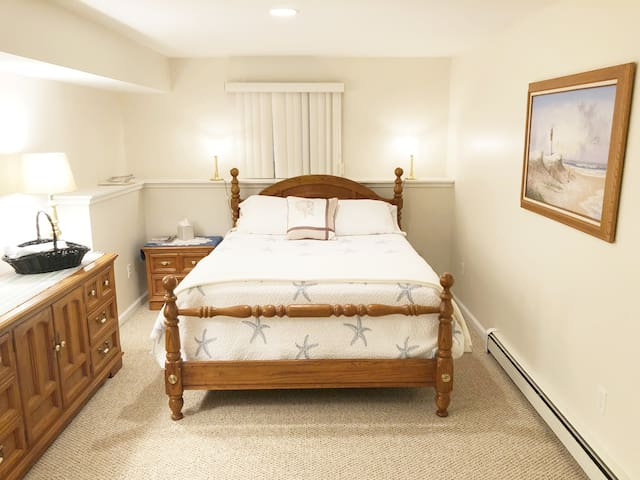 Large Guest Suite Near Beach