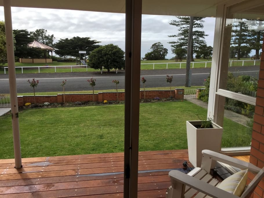 Deck overlooking the park and Point Nepean