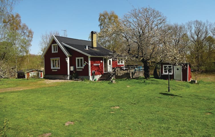 Holiday cottage with 2 bedrooms on 90m² in Bräkne-Hoby