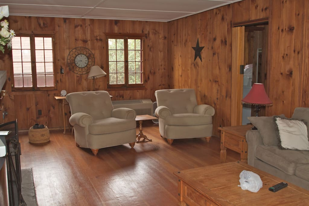 living room , main cottage