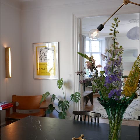 Beautiful apartment in the heart of Frederiksberg
