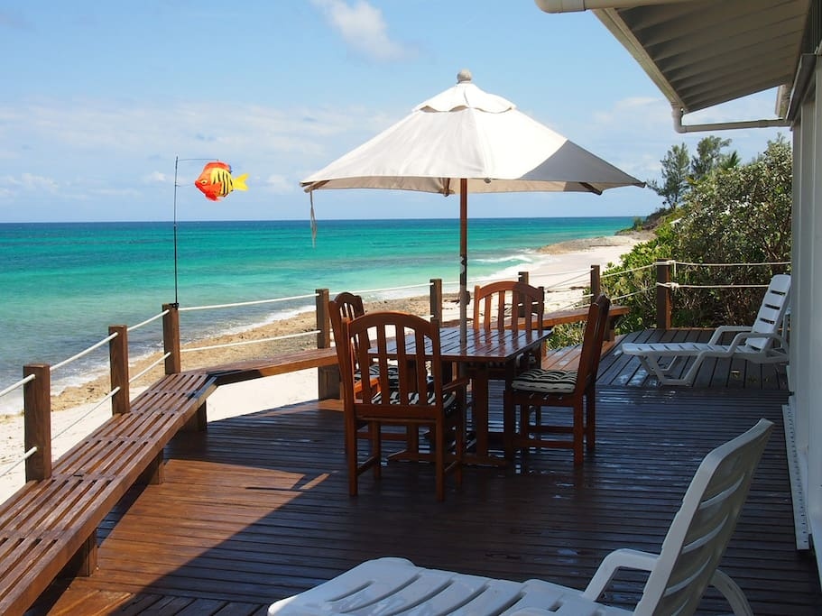 Secluded ocean front beach cottage houses for rent in for Beach houses for rent in bahamas