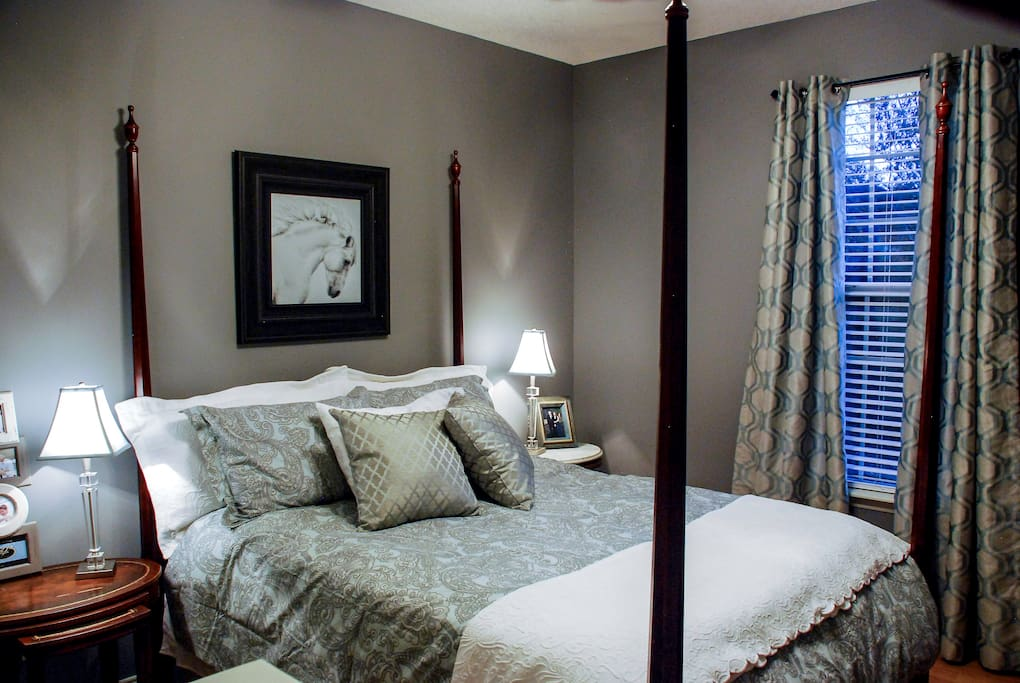 Relax in Style in Queen Bed