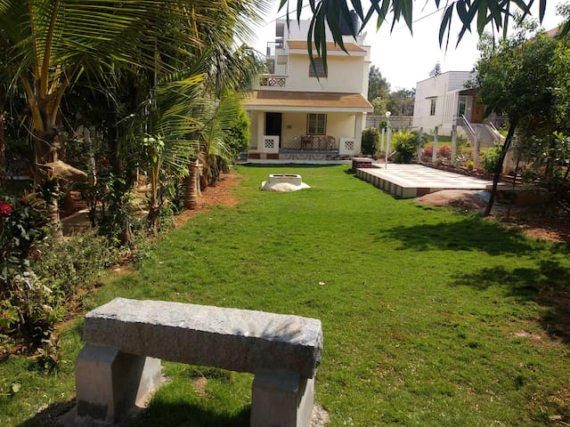 Yelagiri Hill LovelySai &shreeyas holiday cottage