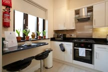 City Centre Ground Floor Apartment (Frenzy)