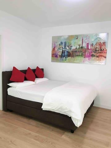 New Luxury Apartment - Heart of Berlin (KaDeWe)