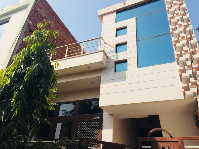 Private House for Awesome Stay in Jaipur