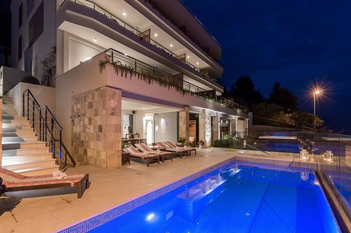 Villa Jolara, Studio-sunny,sea view , Mimice