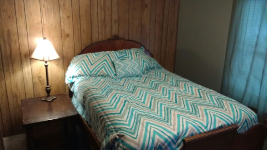 Cozy room in friendly house near all the skiing! - Gunnison - Ev
