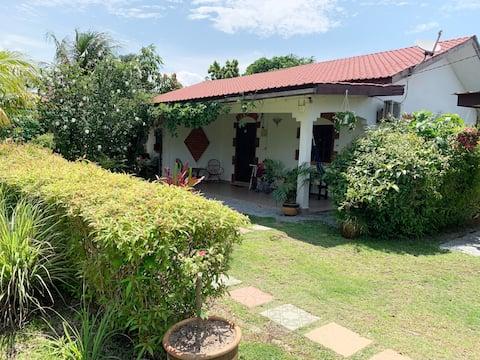 Lovely Garden Villa2 - Coffre-fort/Jardin/Long Lets/Espace
