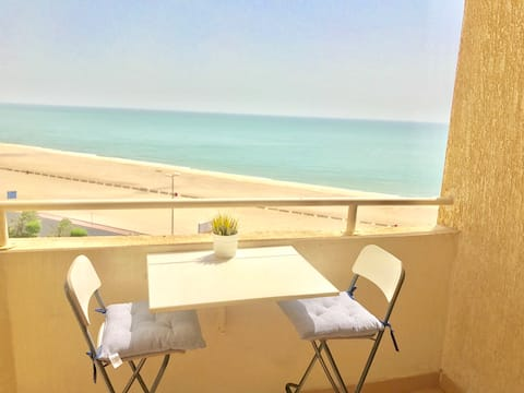 Charming Seaview Apartment