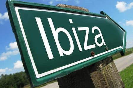 Nice room in Ibiza - Ibiza - Departamento