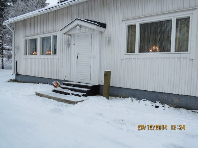 Half a house w/your own door, 60m2 - Tornio