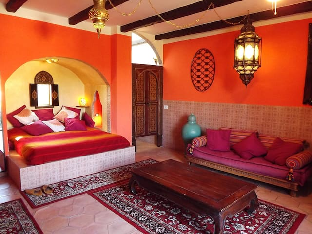 Room Moroccan style