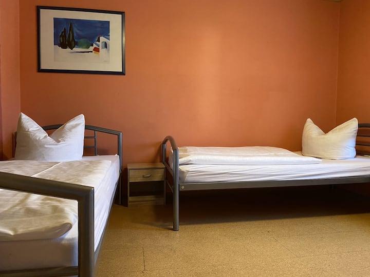 Zimmer in Wackersdorf für zwei Personen (WA113)