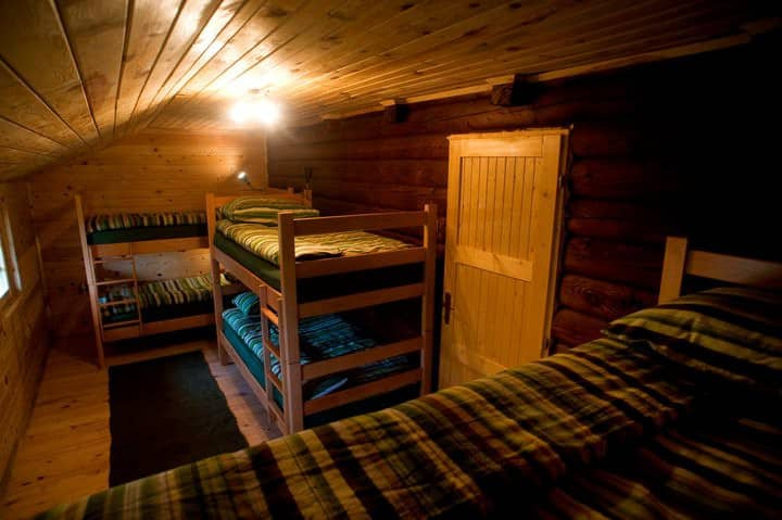 6 bed room in all wooden cabin (HALF BOARD)