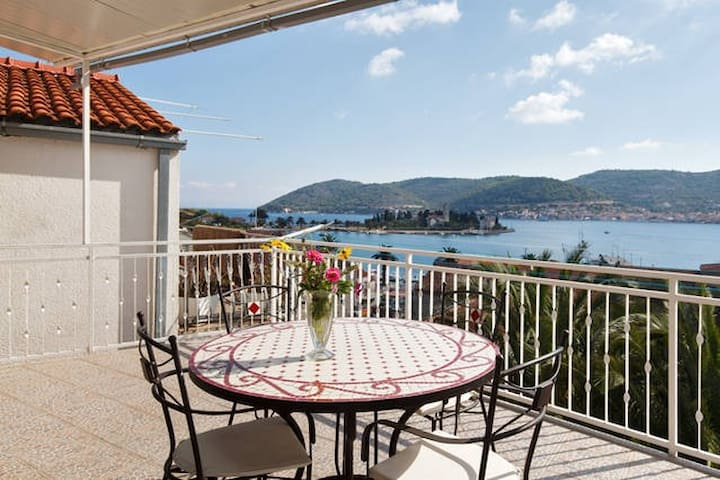 Great apartment for 2 big terrace