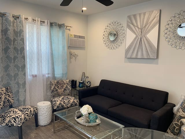 Brand new Beautiful 2bedroom/ Los Angeles-Unit F