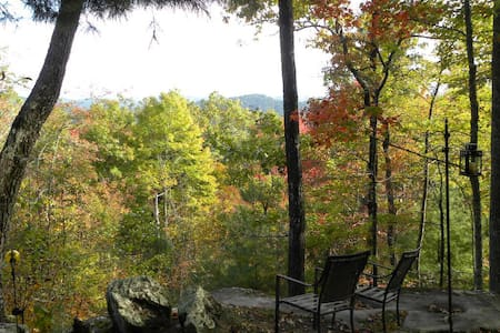 Unaka Ridge Top Cabin - Amazing Views & Private - Cabana