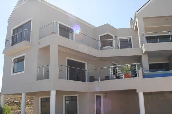 Apartment (kitesurfing haven)