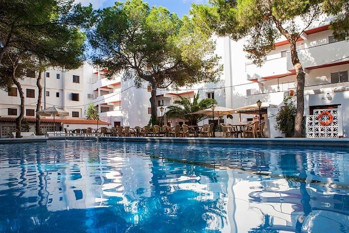 APARTMENT ES PUJOLS CENTER - Illes Balears - Wohnung