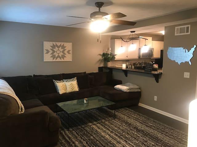 Modern Apartment 2 Minutes To MTSU - Murfreesboro - Sorház