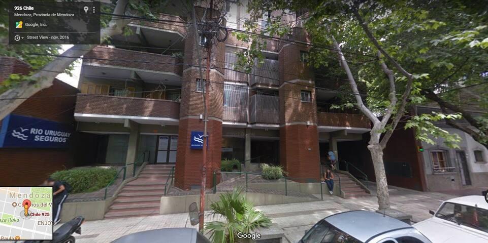 Departamento en el centro de Mendoza.
