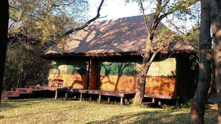 Kavumbu Camp