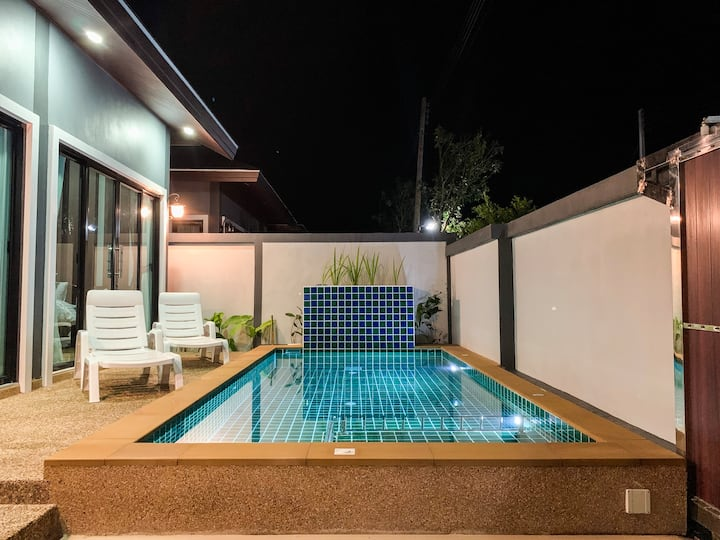 Private Pool Villa in Aonang