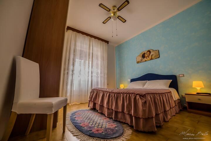 Aussiehome camera matrimoniale con bagno privato - Ascoli Piceno - Bed & Breakfast