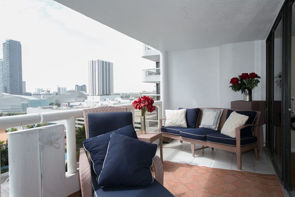 Balcony - views of downtown Miami and bay