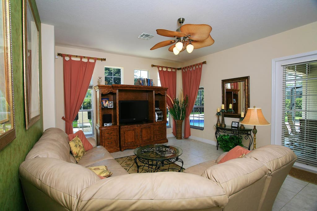 Spacious living area with 42-inch LCD TV, DVD player, PlayStation 3 & stereo system