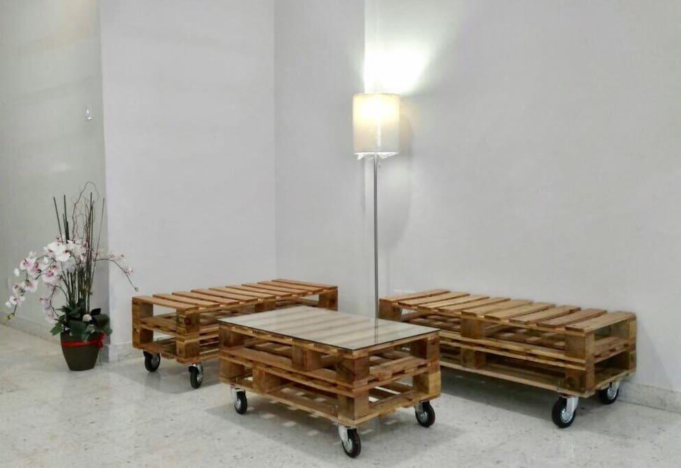 Common Area - living Room pallet sofa :P
