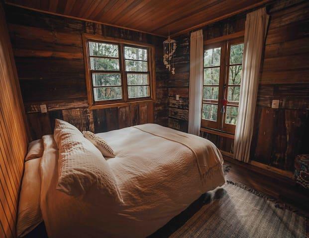 cama casal do quarto primer andar