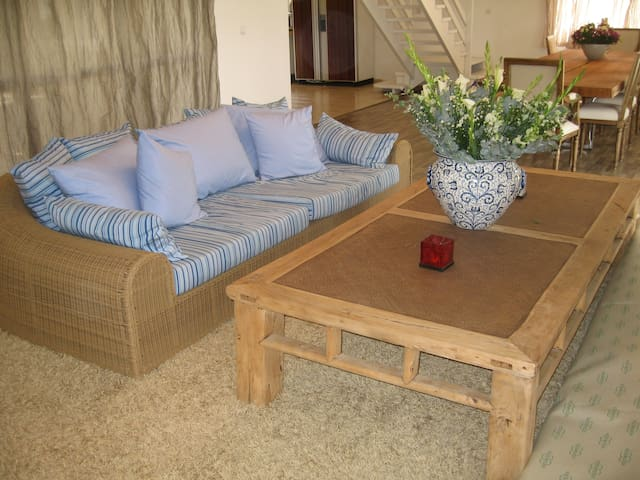 villa with pool in best location - Arsuf - Вилла
