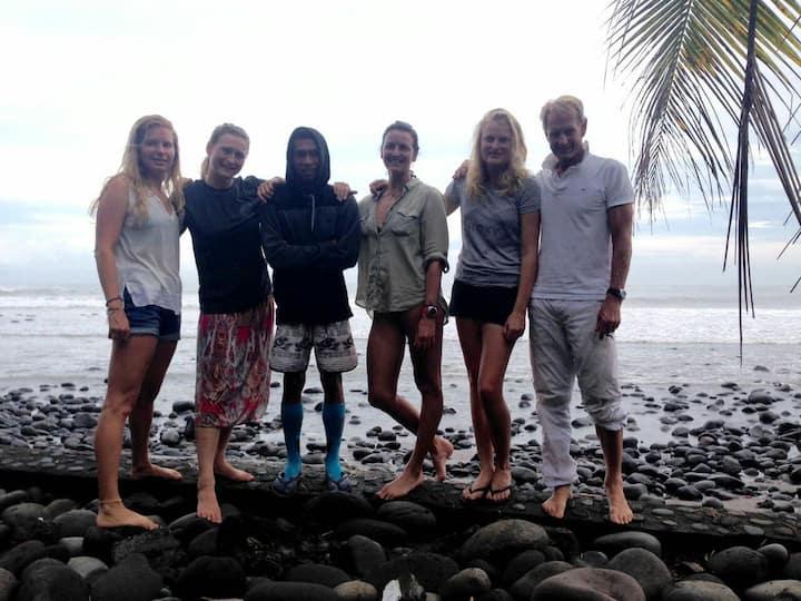 Ayolah surf homestay and Surf camp