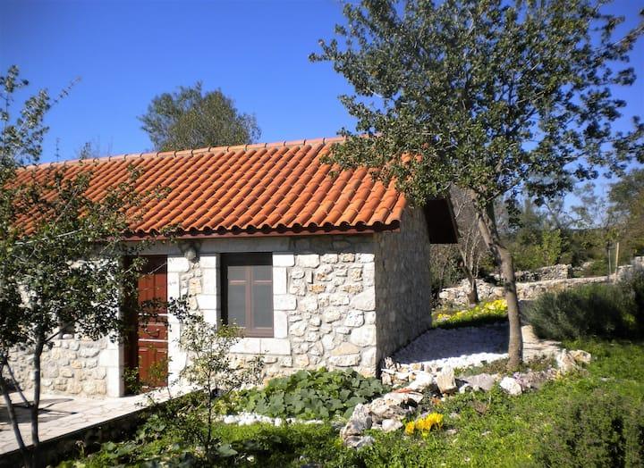 'Amygdalia', Stone House in Leonidio 45m2