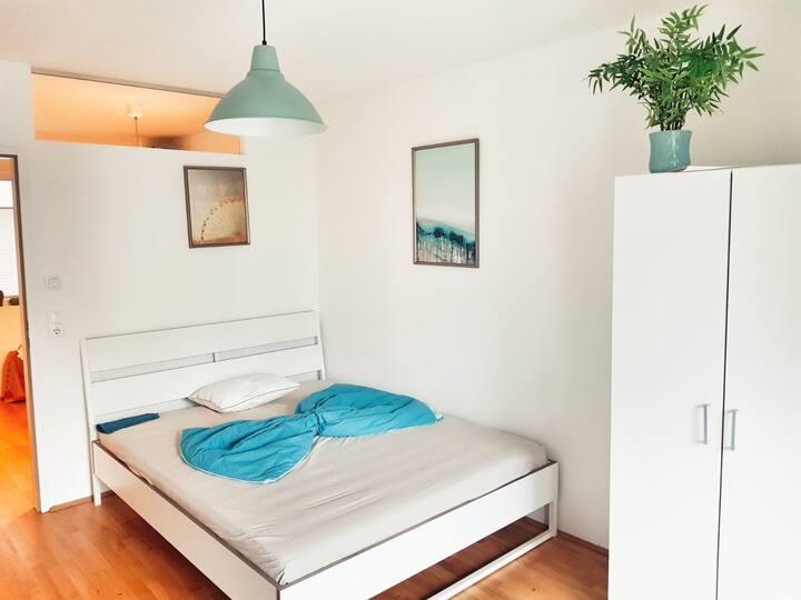New Deluxe Innsbruck City Center Balcony Apartment