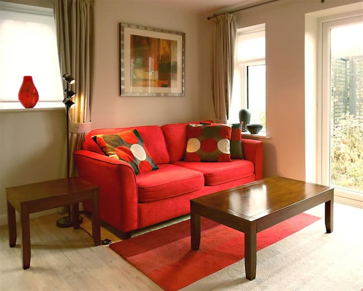 The Villa Neston Holiday Cottage Self Catering