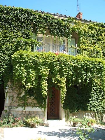 la Finière,bel appartement  au sud - Châteaurenard - Pis