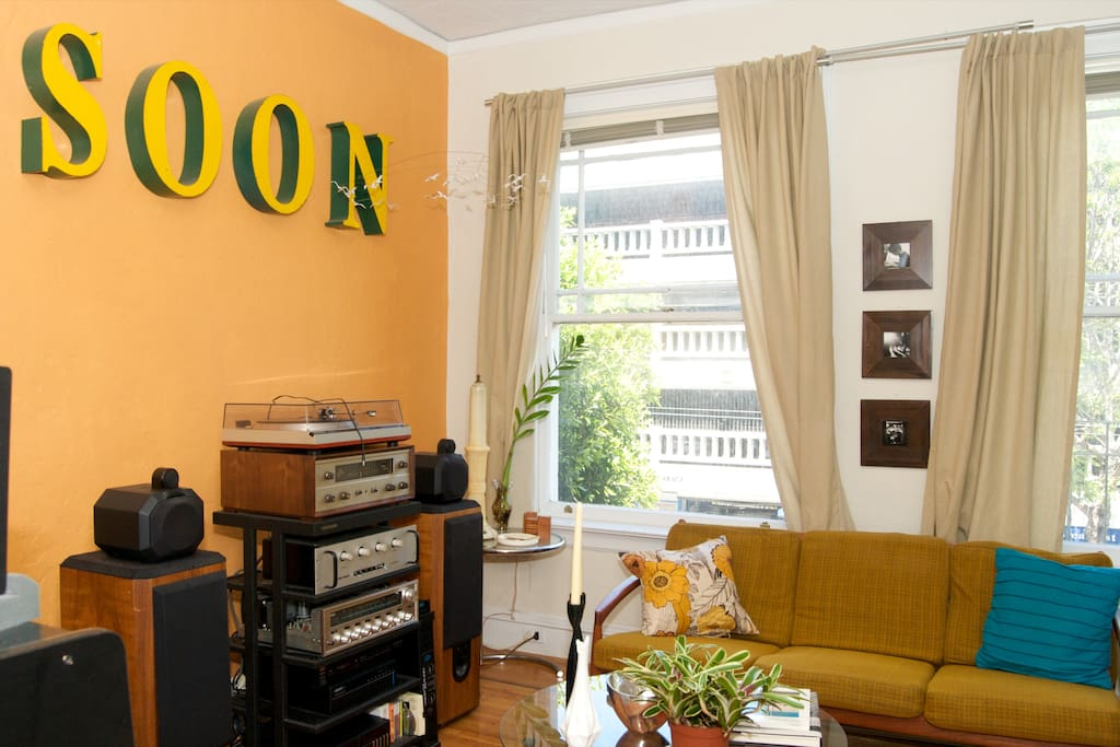 Imagine your feet on yonder cushion, eyes closed, basking in the dulcet tones of Duke Ellington on vinyl. It can be more than a dream. It can be real. Rent me, won't you?