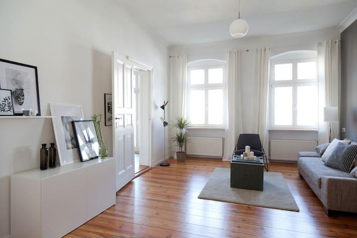 AMAZING BRIGHT DESIGN APARTMENT - Berlin Prenzlauer Berg - Apartment