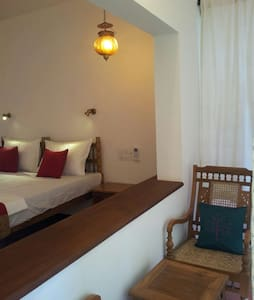 fortkochi stay ,THE FORT BUNGALOW