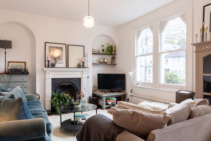 ★ Gorgeous 3Bed in Dulwich w/Private Balcony ★