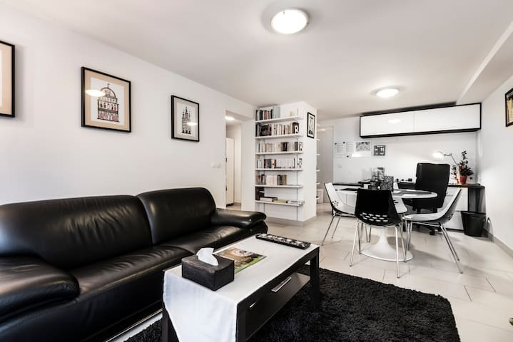 Sumptuous sunny apartment fully equipped