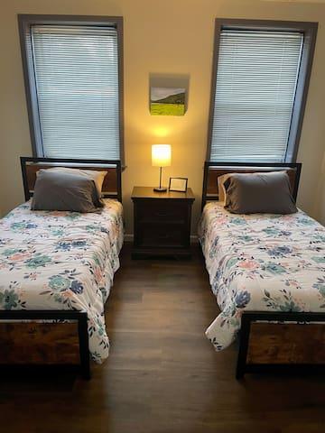 Bedroom 2 - 2 Singles