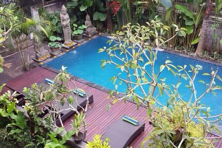 Fan Room Tanah Semujan Ubud 1 - Ubud - Bed & Breakfast