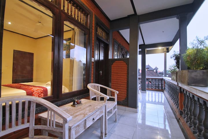 HAPPY INN - Affordable Room in the Heart of Ubud